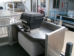 46_Voyager_Grill